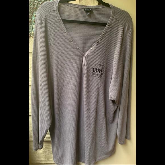 Torrid Long sleeve waffle knit skull shirt